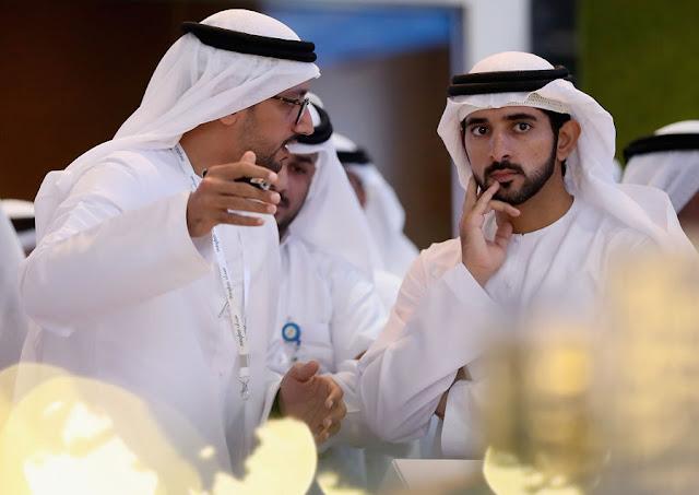 Il Principe di Dubai ha così tanti soldi che ci vogliono 200 persone in due anni per contarli