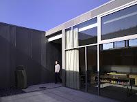 11 Yin-Yang House by Brooks + Scarpa Architects