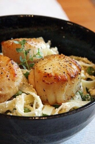Lemon-Ricotta Pasta with Seared Scallops