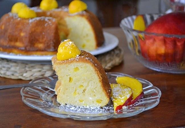 Bundt Cake de mango y coco