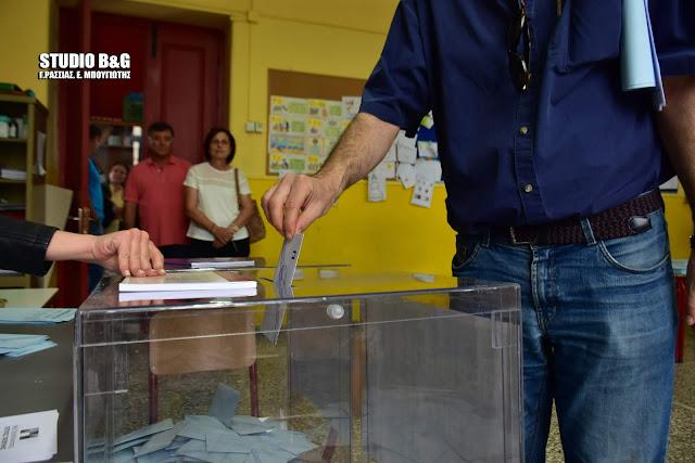 Μάχη ψήφο με ψήφο στην Πελοπόννησο για τον αυριανό Περιφερειάρχη