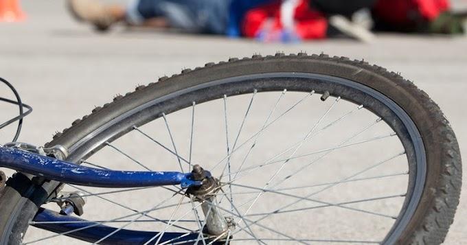 Tolató teherautó gázolta el a biciklist, akinek maradandó sérülései lettek