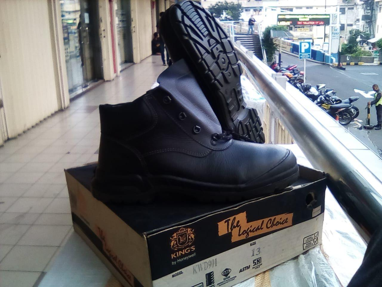 harga safety boots, safety shoes, shoes king, sepatu safety king, sepatu king, harga sepatu safety king, sepatu septi king, harga safety shoes, harga sepatu king, safety shoes king