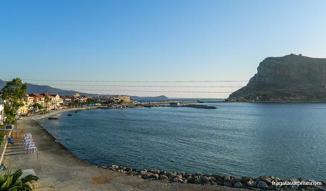 Amanhecer em Monemvasia, no Sul do Peloponeso, Grécia