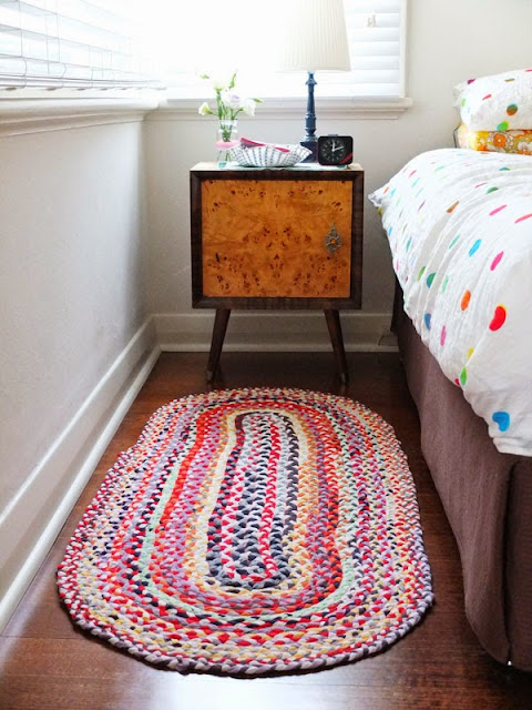 Ben noto Riciclo creativo magliette: tappeto fai da te NI55