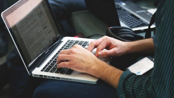 Apply lowongan pekerjaan melalui situs lowongan kerja