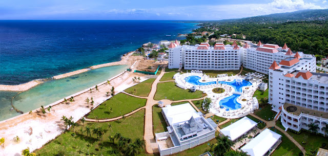 Find out our Luxury Bahia Principe Runaway Bay Resort. Discover the best all-inclusive offers for Jamaica hotels and resorts.