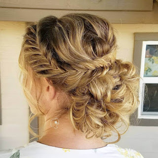 Best Women Long Hairstyles for Bridesmaid