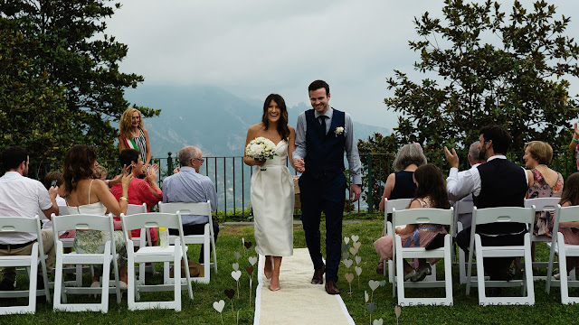 Bride and Groom at Ravello Town Hall