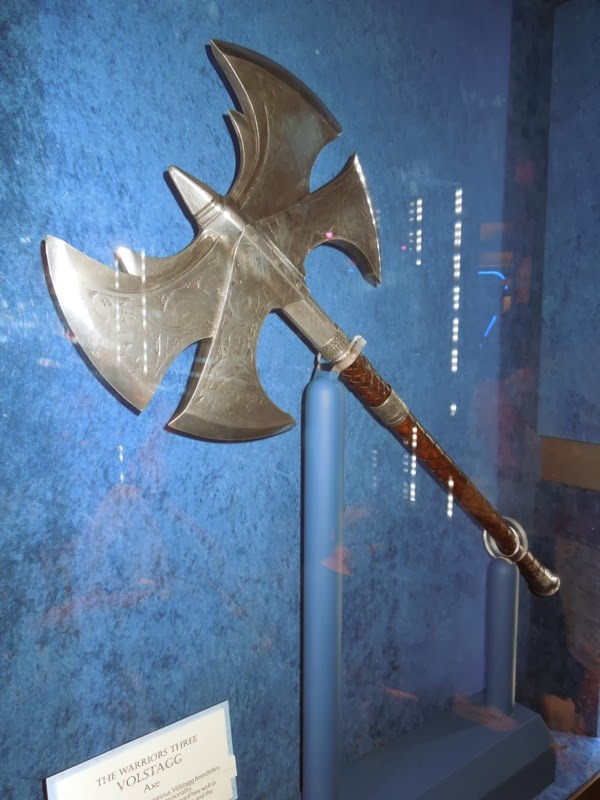 Volstagg axe movie prop Thor Dark World