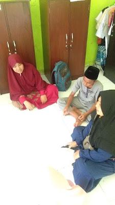 download tulisan ayah artikel kajian khutbah mondok derita Imam Syafii sholeh sholehah orang tua santri ilmu agama