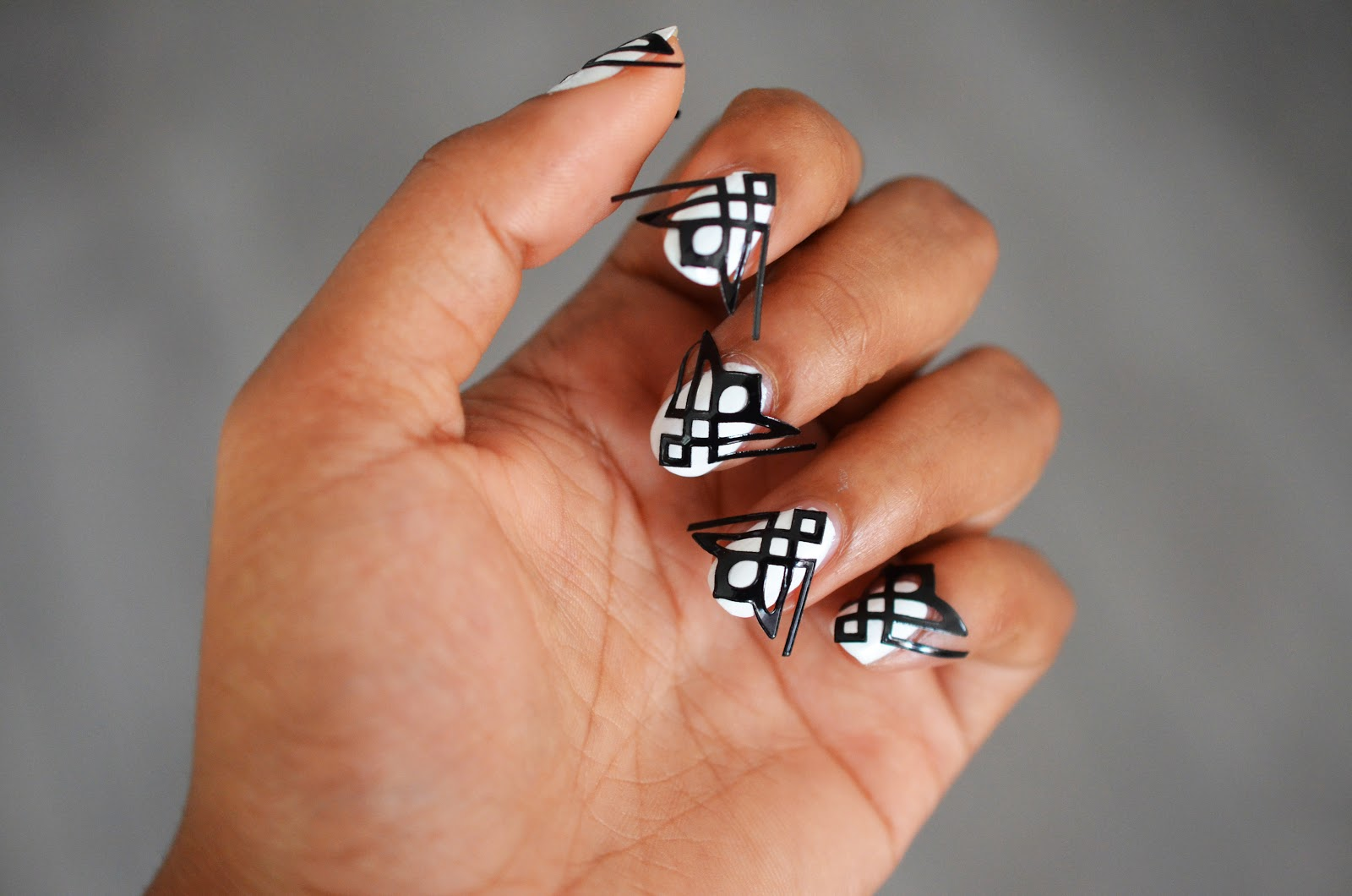 beauty aspects art deco nail art soyl story of your life. Black Bedroom Furniture Sets. Home Design Ideas