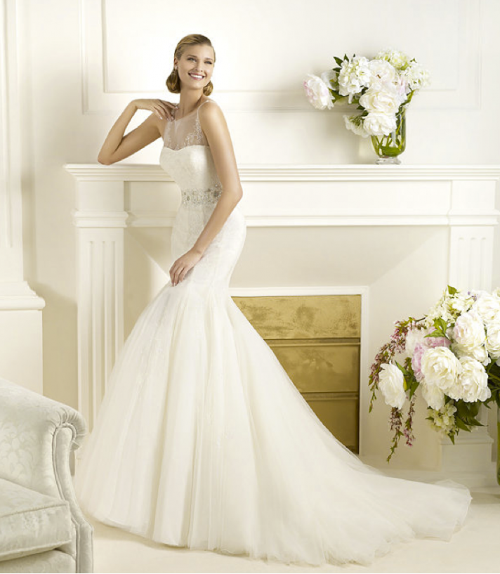 Pronovias Real Wedding Inspiration: Annie's Fashion Break: Romantic 2013 Wedding Dresses From