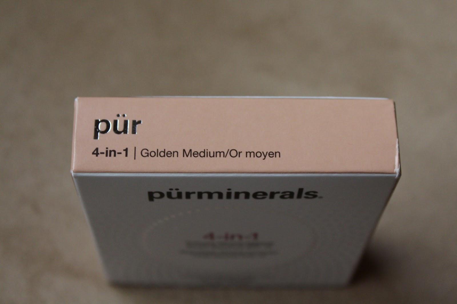 4-in-1 Pressed Mineral Powder Foundation SPF 15 by pür #10