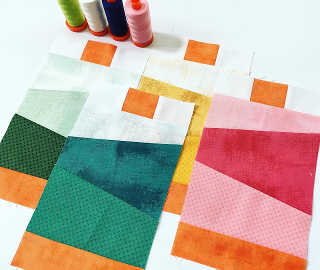 A Bit of Scrap Stuff Blog #ABitofScrapStuffBlog #RileyBlakeDesigns #GarmentDistrictQuilt #Quilt