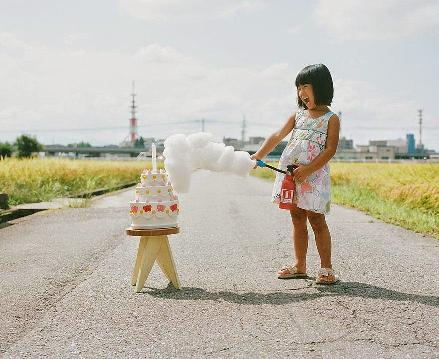 This Japanese Photographer Takes The Most Adorable Pictures of His 4-year-old Daughter