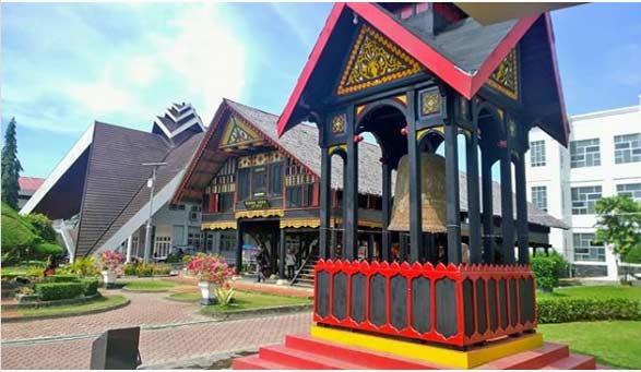 21 Tempat Wisata Di Aceh Terbaik Terpopuler 2021 Untuk Tujuan Berlibur Yang Mengesankan Kepengen Wisata