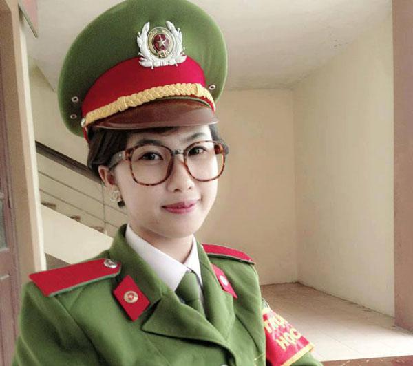 kt cdm7713 fb15 - Tổng Hợp các HOT Girl Nữ Cảnh Sát đốn tim FAN nhất Việt Nam