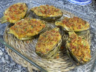 Alcachofas al horno con jamón.