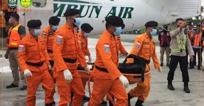 Jenazah 3 Awak Pesawat Rimbun Air Berhasil Dievakuasi