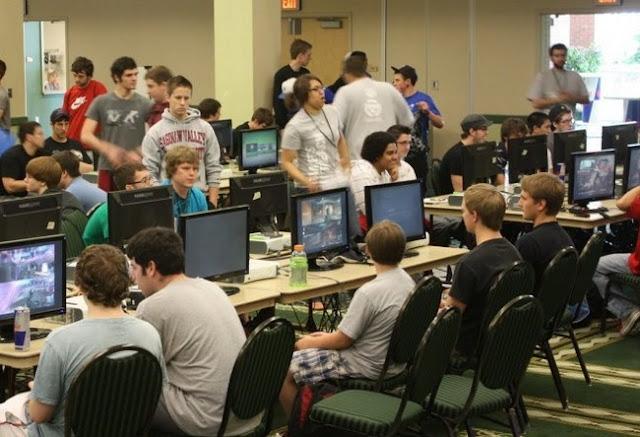 Los eSports llegan a los colegios.