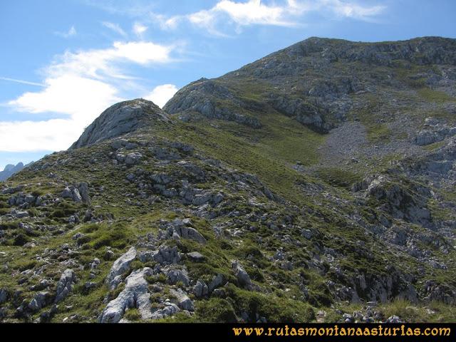 Ruta Ercina, Jultayu, Cuvicente: Subiendo al Jultayu