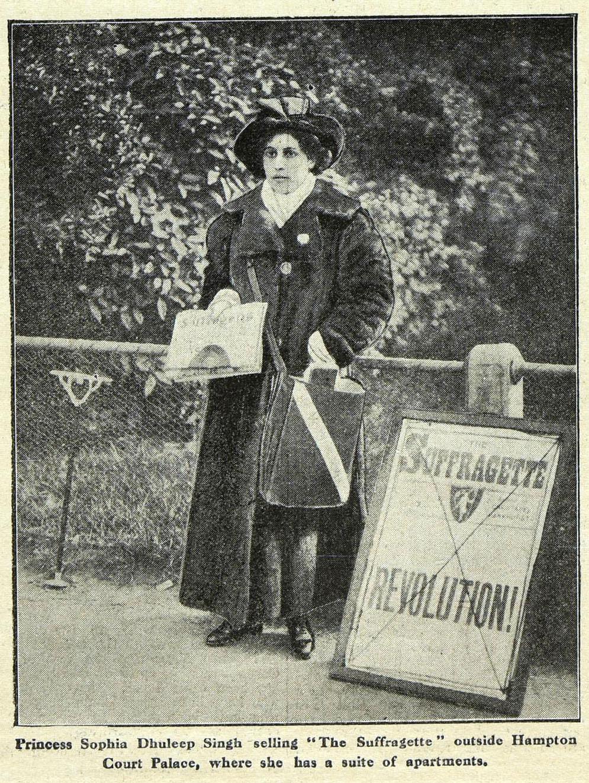 Sophia Duleep Singh handing out suffragette publications