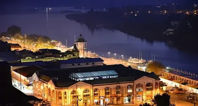 A night view of Valdivia, city of Chile.