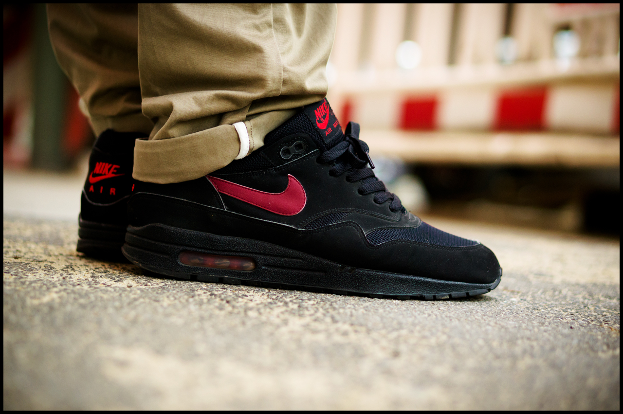 038905f264 on my feet today. nike air max 1 pimento ...