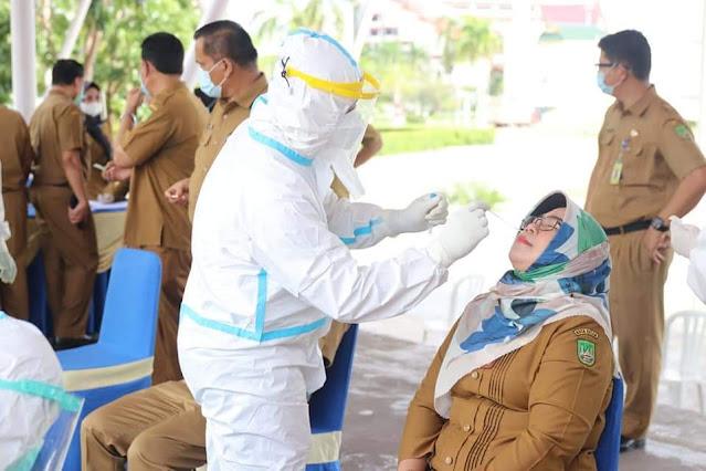 Cegah Penyebaran Covid-19, Hari Pertama Masuk Kerja Usai Libur Lebaran, Pegawai Pemko Batam Jalani Tes Antigen