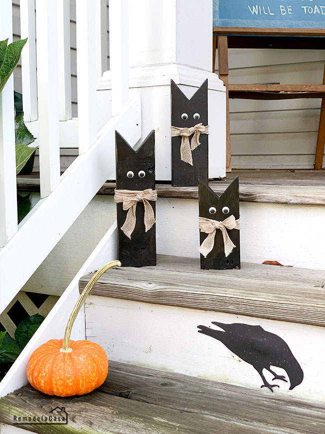 kitty cats made of 2 x 4 material