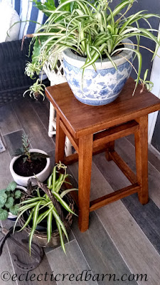 Stool Becomes Plant Stand. Share NOW. #plantstand #DIY #eclecticredbarn #plants