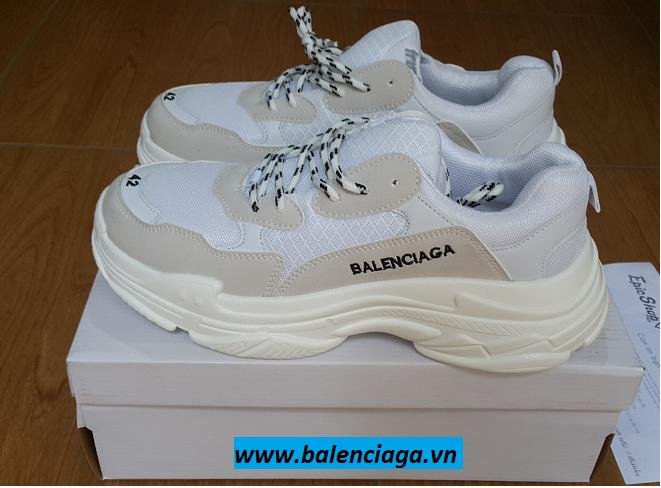 Giày Balenciaga Triple S trắng giá siêu rẻ cho cả nam và nữ Balenciagavn