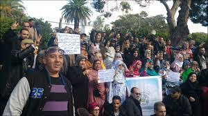 أسر الشهداء تقرر العودة إلى الإحتجاج أمام أركان الحرب العامة