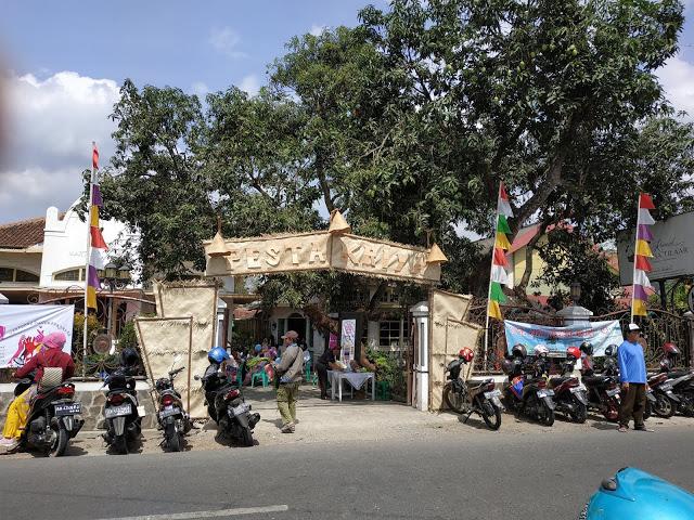 pesta kriya martha tilaar ajang promo ukm kebumen