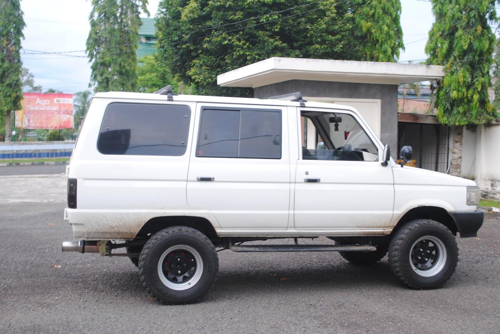 Modifikasi Mobil Kijang Jadi Hummer