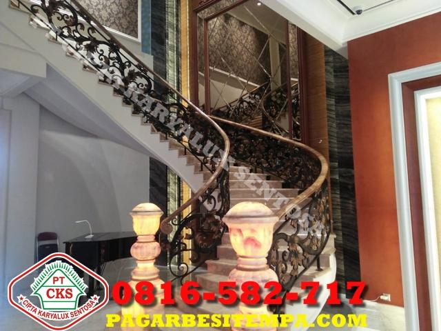 railing tangga besi klasik