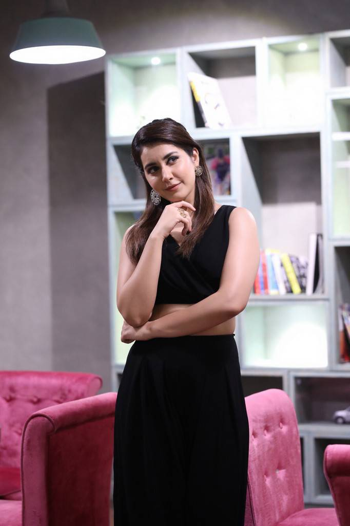Raashi Khanna Latest Hot Photo shoot