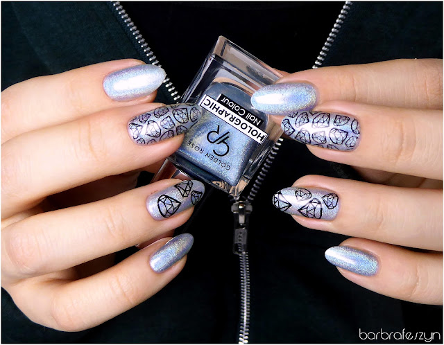 holograficzne paznokcie
