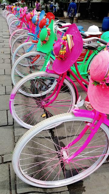 sepeda kota tua