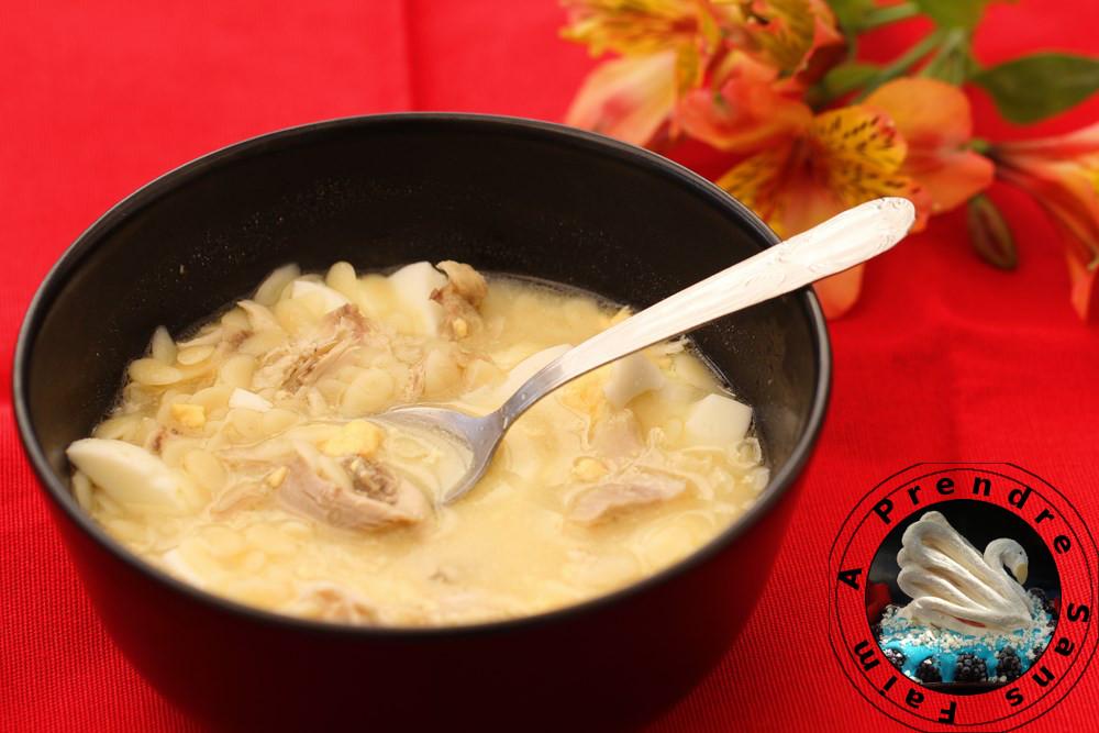 Soupe de pâtes au poulet façon portugaise