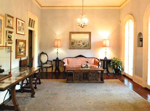Hemingway living room