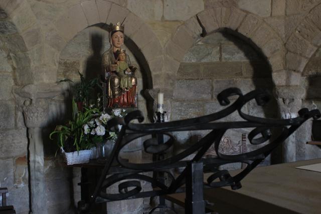 La Virgen de Eunate, reproducción de la talla románica original