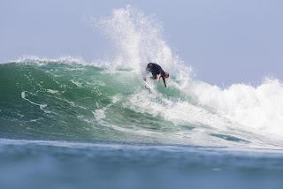 60 Tanner Guduaskas Hurley Pro at Trestles foto WSL Sean Rowland