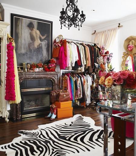 Olivia luxury fantasy closet Palermo