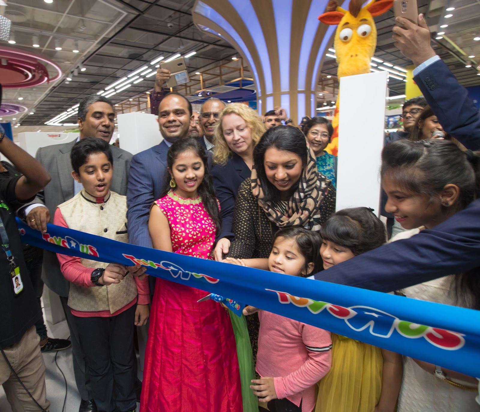 The Bangalore Times Global Retail Giant Toys R Us Debuts In India With The First Store In Bengaluru