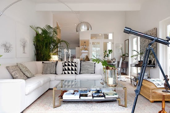 Safari Fusion blog | Modern bohemian | An all white Cape Town home filled with trinkets and treasures from travels abroad / South Africa