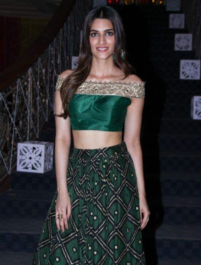 Kriti Sanon In Green Lehenga Choli At Bareilly Ki Barfi Movie Promotion