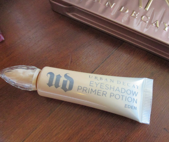 Urban Decay Cosmetics primer potion
