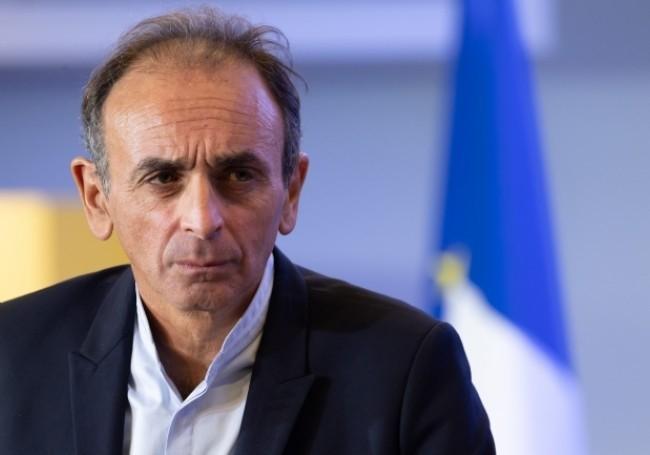 Mineurs isolés : SOS Racisme porte plainte contre Zemmour, le gouvernement s'en mêle